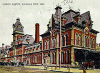 Postcard of the old Union depot at Union Avenue and Santa Fe Street